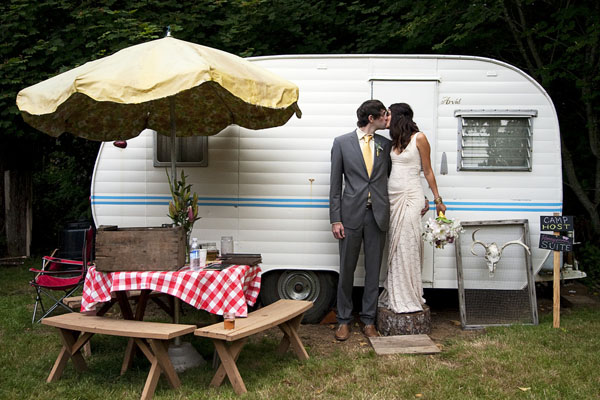 camper wedding