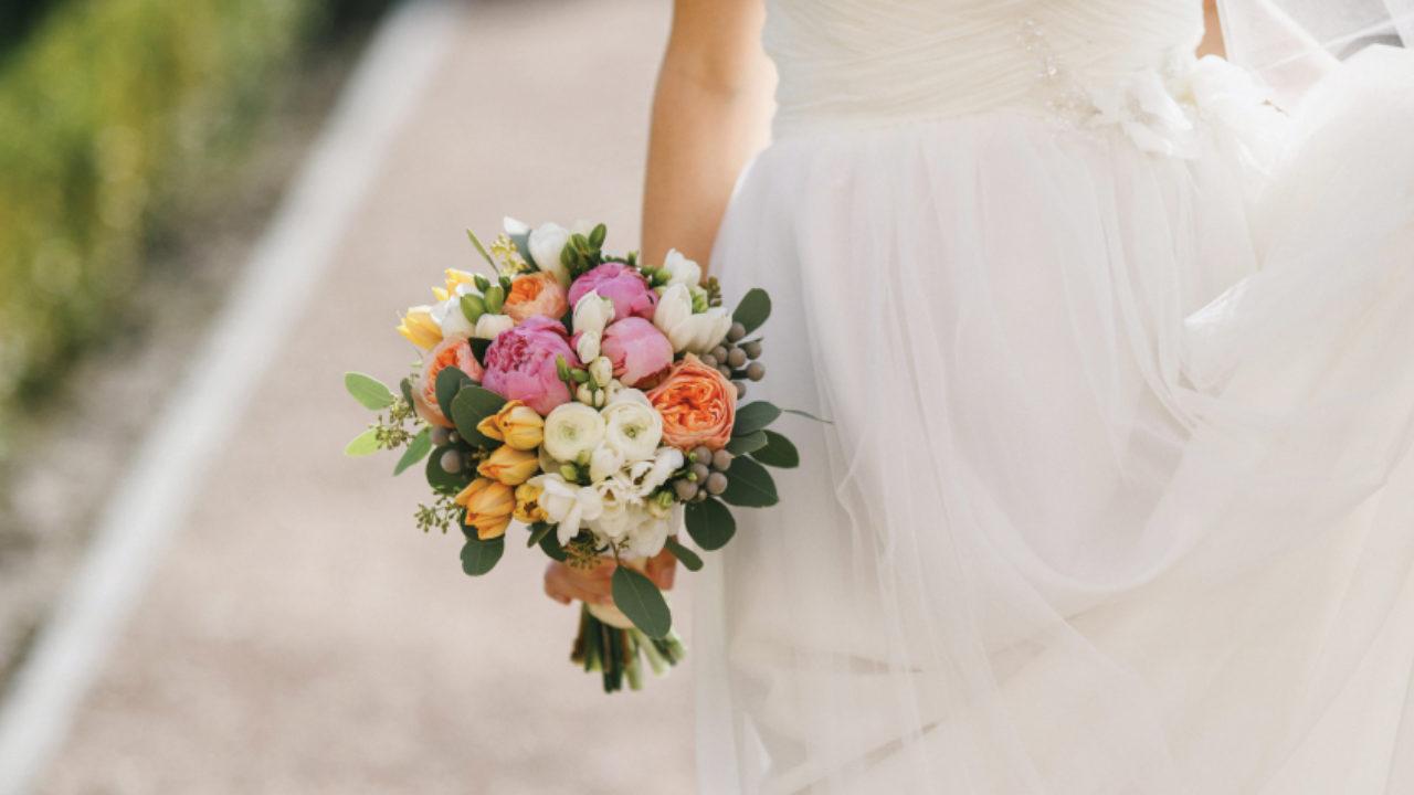 Bouquet Sposa Fiori Di Campo.20 Ispirazioni Per Il Bouquet Sposa Listanozzeonline Magazine
