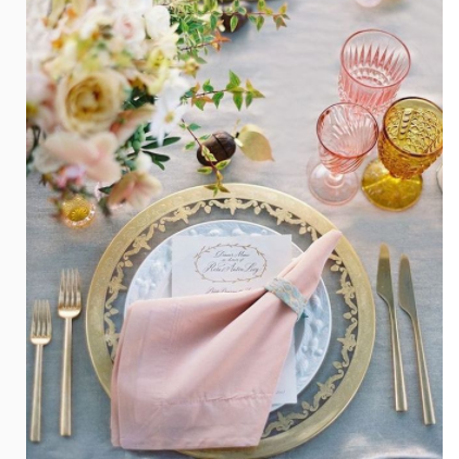 Lucia Imperi The❤️planner su Instagram Its time SPRING on the table 🌷🌷🌷🌷🌷🌷🌷 Love colors wedding  - 20 idee per la mise en place del tuo matrimonio