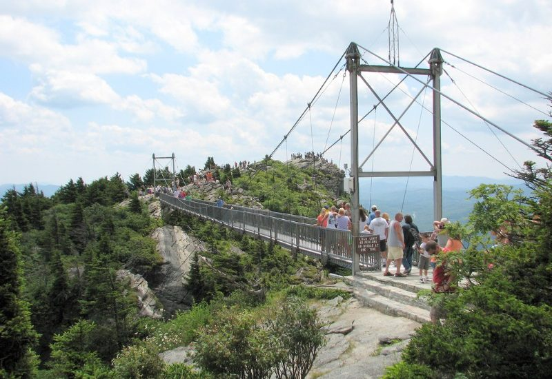 Mile High Swinging Bridge NC e1552303181261 - Viaggio di Nozze negli Stati Uniti