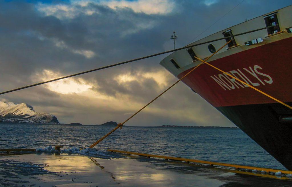 Hurtigruten e1569405762109 1024x655 - Viaggio di Nozze: Islanda, Isole Lofoten, Hurtigruten