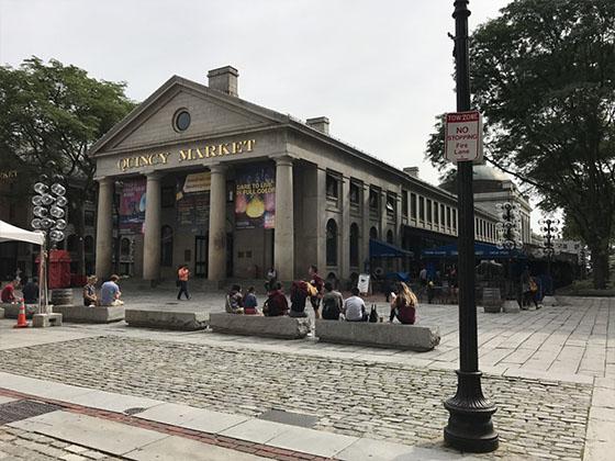 BOSTON-QUINCY-MKT