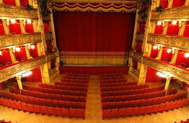 Torino-teatro-carignano